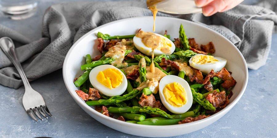 Salade D'asperges, D'œufs Et De Bacon Céto